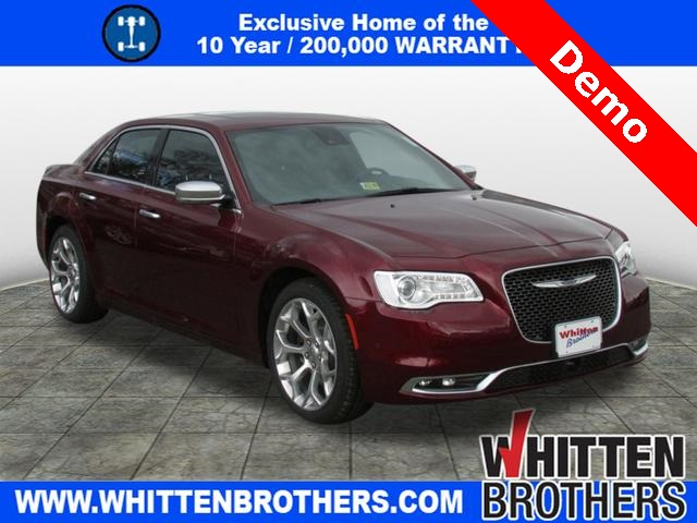 New 2017 CHRYSLER 300 Platinum